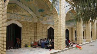 نمای بیرونی اتاقهای زائرسرای آستان مبارک